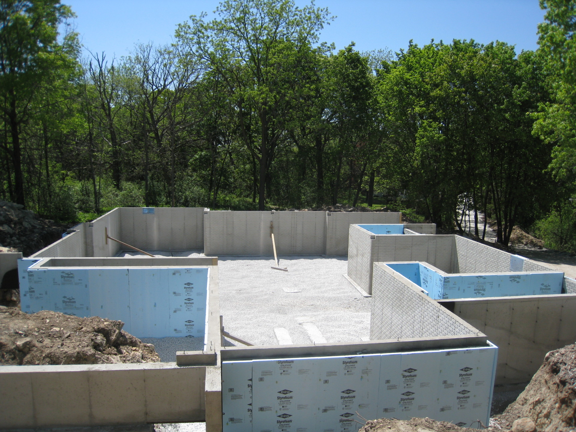Services precise poured walls Foundation pouring